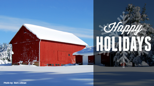 Happy Holidays barn