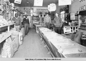 chastant inside store1940
